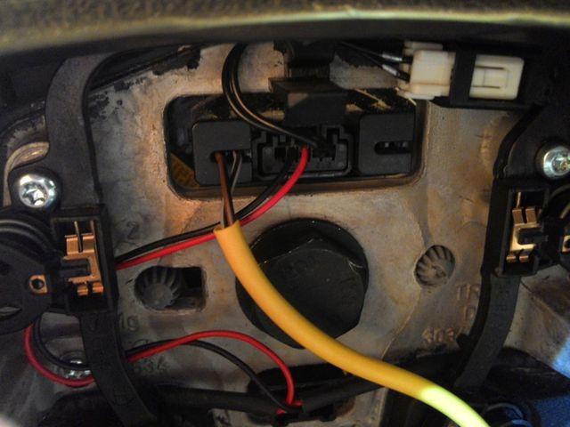 Подключаем кнопки круиз контроля Форд Фокус