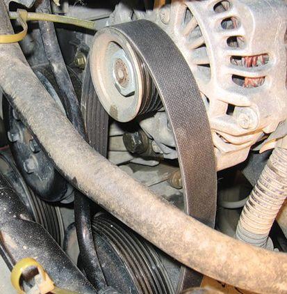 Снимаем ремень генератора Форд Фьюжн